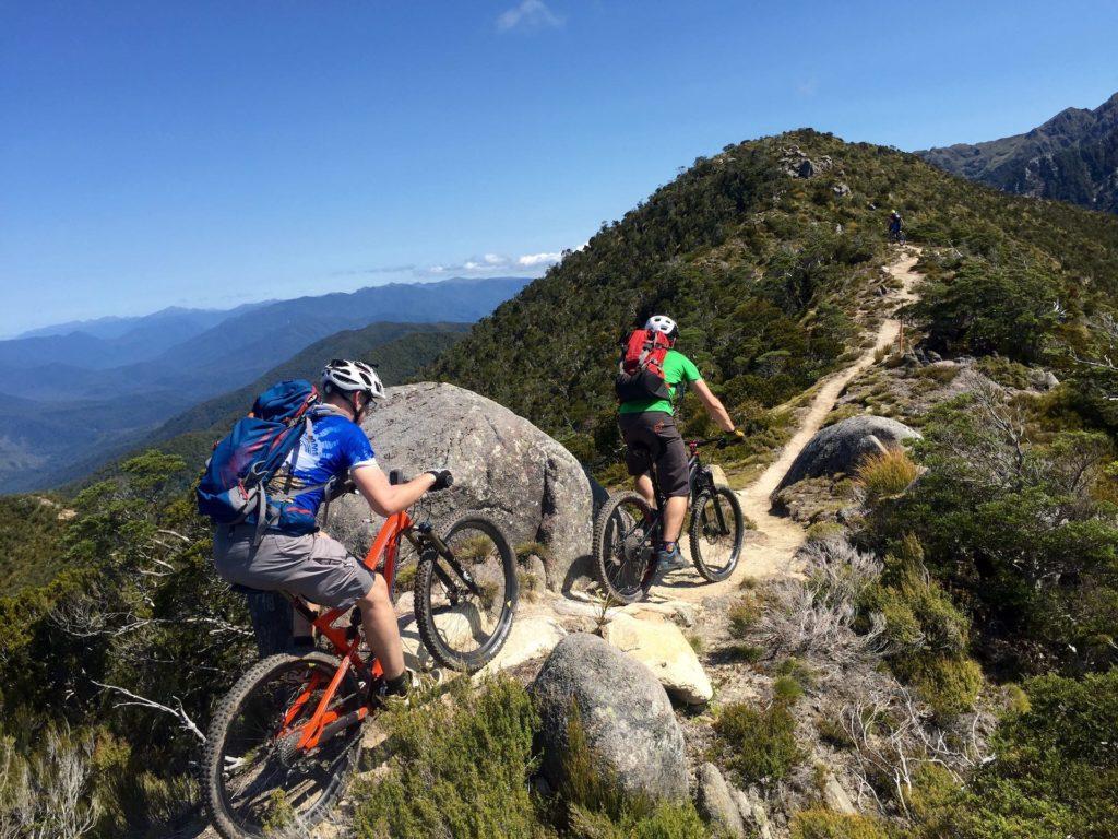 NEW ZEALAND CYCLE TRAIL: LOS MEJORES CIRCUITOS Y SENDEROS DE NUEVA ZELANDA PARA HACER EN BICICLETA O MOUNTAIN BIKE